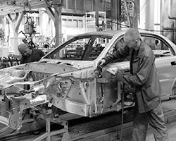Запорожский автомобилестроительный завод (фото: Руслан Шамуков/ТАСС)