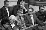 Казак Михаил Гаврилюк всякий раз попадал в кадр благодаря одному своему внешнему виду (фото: Sergii Kharchenko/Zuma/Global Look Press)