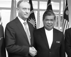 Секретарь Совета безопасности России Николай Патрушев и министр обороны Малайзии Мохамад Сабу. Фото: Кадр из видео