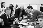 Первый замглавы администрации президента России Сергей Кириенко (в центре) вместе с рядом губернаторов принял участие в семинаре-совещании по подготовке к расширенному заседанию Госсовета (фото: Виталий Невар)