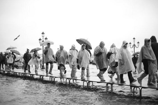 Осенний подъем воды в Венецианской лагуне – обычное явление, однако в этот раз он оказался куда хуже ожидаемого