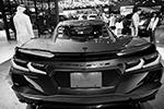 Однако главная аудитория выставки – шейхи, потенциальные покупатели люксовых авто. Поэтому новизна машины – не главное. Важнее ее внешний вид, статус и доступность для покупки(фото: EPA/ALI HAIDER/ТАСС)