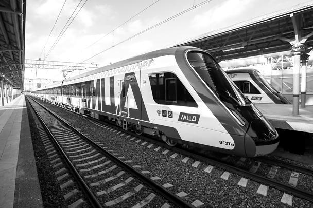 Работать новые ветки будут по графику московского метро – с 5:30 до 1:00. Пересадки из подземки будут бесплатными, придется только дополнительно активировать для этого проездные