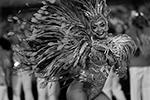 Традиционный бразильский карнавал начался вечером в пятницу, 21 февраля, и завершится 26-го числа, с началом Великого поста (фото: Leo Correa/AP/ТАСС)