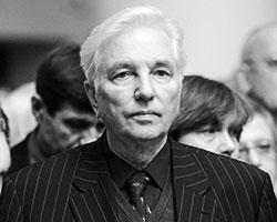 Геннадий Месяц