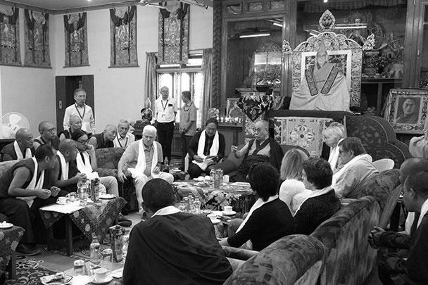 Рабочая встреча российских ученых и монахов-исследователей с Далай-ламой