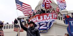Многочисленные сторонники президента США Дональда Трампа взяли в среду штурмом Капитолий и устроили в нем погром. Стражи правопорядка с трудом вытеснили активистов за пределы парламента. В результате столкновений есть погибшие и раненые. Для многих наблюдателей эти события стали предвестником гражданской войны