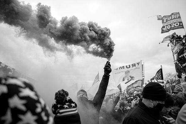Среди участников митинга были весьма агрессивно настроенные личности