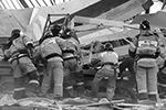 Общая площадь разрушенного магазина, где сейчас работают спасатели, составляла 1,14 тыс. квадратных метров (фото: Ольга Смольская/ТАСС)