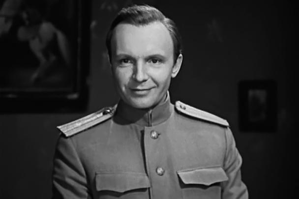 В 1976 году был снят трехсерийный художественный фильм «Дни Турбиных» по пьесе Булгакова, в котором Андрей Мягков исполнял роль Алексея Турбина