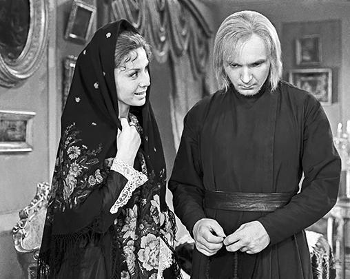 В 1968 году вышла экранизация «Братьев Карамазовых» Достоевского, в которой артист сыграл Алешу Карамазова