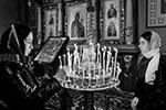 Битье яиц на Пасху – это детская забава, она не имеет никакого отношения к православным ритуалам, заявил настоятель Георгиевского храма в Нахабино Павел Островский(фото: Денис Воронин/Агентство «Москва»)