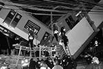 В Мехико обрушился метромост с проходившим по нему поездом. По официальным данным, в результате аварии погибли 23 человека. При этом данные о пострадавших разнятся: по меньшей мере около 70 человек госпитализированы. Также среди пострадавших и погибших есть несовершеннолетние(фото: Sáshenka Gutierrez/Epa/ТАСС)