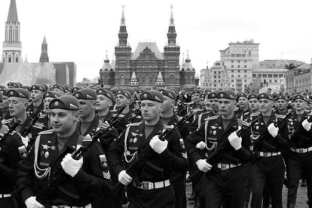 Курсанты ВДВ – это будущая элита Вооруженных сил России. Уже в начале Великой Отечественной войны ВДВ составляли самостоятельный род войск Красной Армии