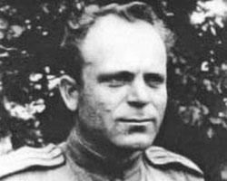 (фото: подполковник Матвей Купин, командир  2-го отдельного мотоциклетного полка)