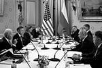 Диалог президентов с глазу на глаз сменился переговорами в расширенном составе(фото: Sputnik/Mikhail Metzel/Pool/REUTERS)