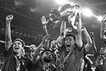 Основное время решающего матча чемпионата Европы завершилось вничью в седьмой раз в истории. В дополнительное время команды также не выявили победителя(фото: Fabio Ferrari/lLaPresse/Global Look Press)