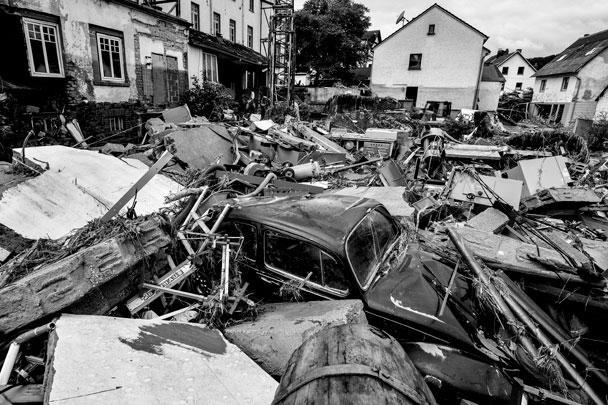 Основной удар стихия нанесла по западным и юго-западным регионам ФРГ