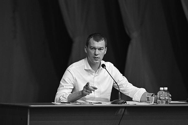 Михаил Дегтярев на встрече с жителями Чегдомына