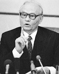 Владимир Крючков (фото: Дмитрий Донской/РИА Новости)