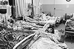 Количество раненых в результате серии взрывов превысило 1300 человек. В подавляющем большинстве это мирные жители(фото: Mohammad Asif Khan/AP/ТАСС)