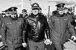 Зиничев занимал должность главы МЧС с 2018 года. По словам депутата Александра Хинштейна, он «сам старался вылетать на все масштабные ЧП и ЧС, погружаясь в мельчайшие детали»(фото: Максим Григорьев/ТАСС)