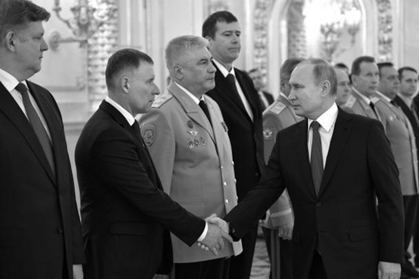 18 мая 2018 года указом президента Евгений Зиничев назначен на должность министра Российской Федерации по делам гражданской обороны, чрезвычайным ситуациям и ликвидации последствий стихийных бедствий. 21 декабря 2020 года ему было присвоено звание генерала армии