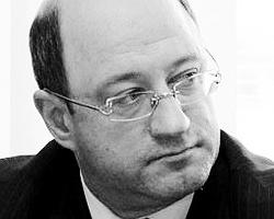 Александр Бабаков будет лично наблюдать за тем, как натовцы промаршируют на нашем параде