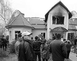 Дом Курманбека Бакиева в Бишкеке сожгли еще 8 апреля