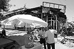 Большинство торговых точек, принадлежавших узбекам, уничтожено(фото: Reuters)