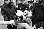 По мнению представителей FEMEN, между Тимошенко и Януковичем с политической точки зрения нет никакой разницы(фото: Reuters)