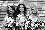 Первая Вице-мисс Россия Кристина Гондарь, Мисс Россия – 2012 Елизавета Голованова и вторая Вице-мисс Россия Алена Шишкова (слева направо)(фото: ИТАР-ТАСС)