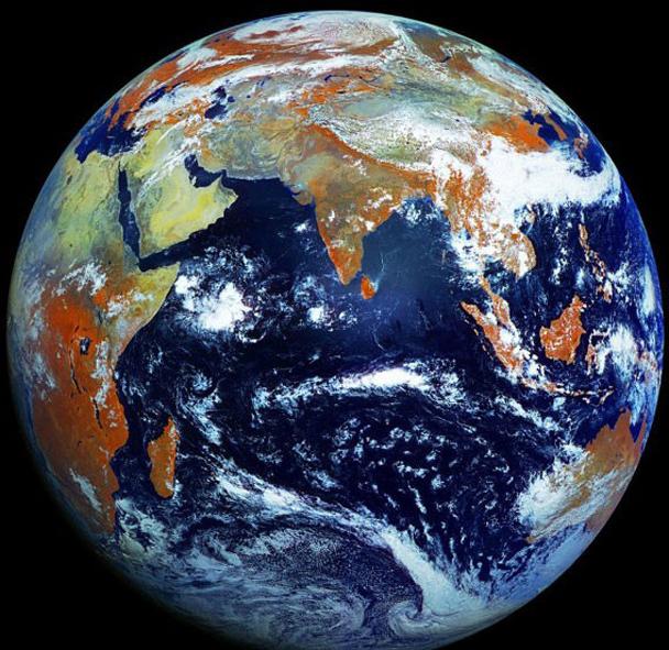 Земной шар фото в хорошем качестве кажется