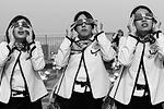За затмением наблюдали около 80 миллионов жителей Японии. Правда, перед самым началом небесного спектакля небо было затянуто облаками, но в самый момент затмения они разошлись, позволив любопытным стать свидетелями уникального явления(фото: Reuters)
