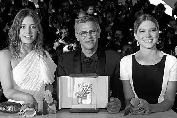 Победители Канн-2013 молоды и прекрасны. Еще год назад главный приз здесь же взяла лента Михаэля Ханеке о пенсионерах. Так идет время, так меняются нравы