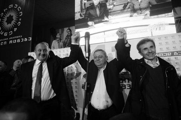 В правящей партии итоги президентских выборов назвали своей второй победой
