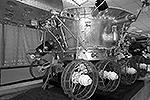 «Луноход-3» (аппарат 8ЕЛ № 205) – советская машина из серии «Луноход», третий лунный самоходный аппарат (планетоход). Луноход планировалось доставить на Луну в 1977 году при помощи межпланетной станции «Луна-25», но запуск так и не состоялся&#160;(фото: <a href= http://vz.ru/ target=_blank>wikipedia.org/Dzis-voynarovskiy</a>)