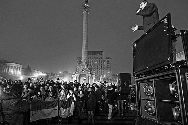 Лидер политической партии «Удар» Виталий Кличко призвал украинцев прийти на Майдан и присоединиться к митингу в поддержку европейской интеграции Украины