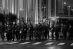 Полицейские наряды перед зданием пресс-центра Олимпиады(фото: Reuters)