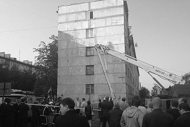 Дом, где произошел взрыв, – старый, построен приблизительно в середине прошлого века