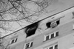 Общая площадь всех возгораний составила 190 кв. метров. Пожарные спасли 12 человек. За психологической помощью обратились семь человек. Для тех, кто не мог вернуться в аварийное жилье, предоставили гостиницу(фото: Сергей Фадеичев/ТАСС)