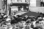 На время празднования движение по окрестным улицам было ограничено(фото: Сергей Савостьянов/ТАСС)