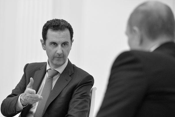 Именно политические шаги России, сделанные с самого начала кризиса в Сирии, не дали событиям в стране развиться по трагическому сценарию, подчеркнул Асад