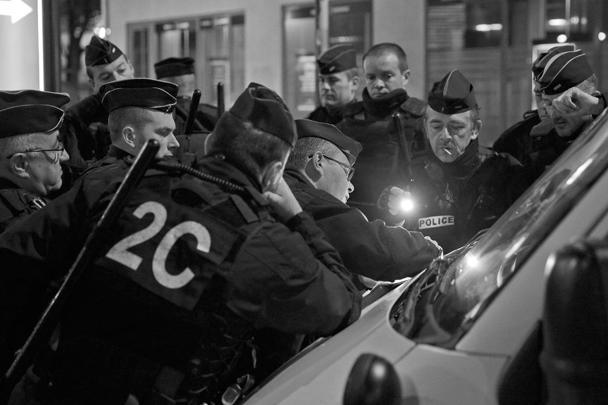 Антитеррористические рейды проходили во вторник и среду под Парижем, а также в Бельгии и Германии