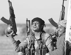 Курдские боевики обладают богатым военным опытом, хорошим снаряжением и высоким боевым духом