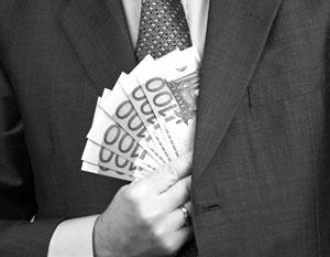 Как и любая очередная попытка побороть коррупцию усилиями коррупционеров, новый украинский закон лишь увеличит расценки