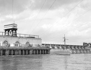 Горьковская плотина является самой длинной в России