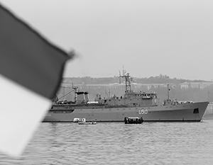 Разведывательный украинский корабль «Славутич» де-юре принадлежит Киеву, но де-факто под контролем Крыма