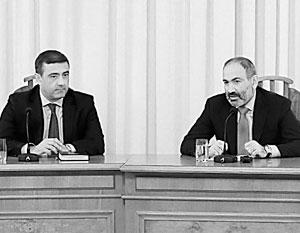 Расследование сатанинского заговора премьер Пашинян (справа) поручил главе Службы национальной безопасности Мартиросяну (слева)