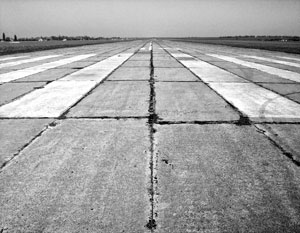 «Победа» обнаружила на взлетных полосах «реальную угрозу безопасности полетов»